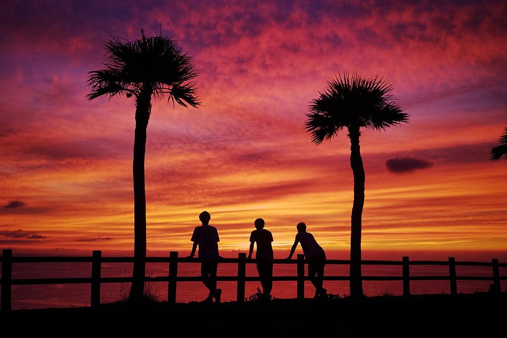 『大浜海浜公園』絶景の夕日スポット