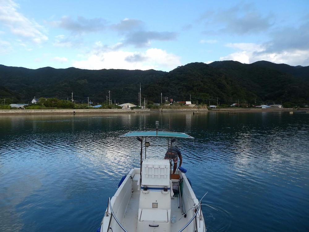 宇検村の港から出航!船の上から見る夕日が超絶フォトジェニック