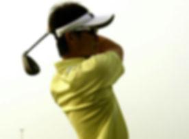 プロゴルファー小野博之選手