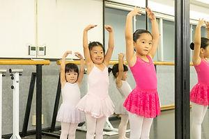 Aクラス  (3歳〜年長さん) | 横浜市大倉山のバレエ教室【アキバレエスタジオ大倉山校】