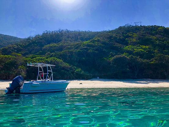 ボートシュノーケルSUP体験&コウトリビーチ上陸ツアー