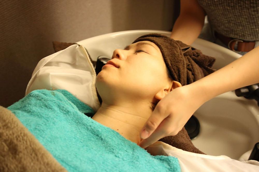 新潟市東区(新潟県)の美容室『bergamotto hair(ベルガモットヘア)』の癒しを追求したヘッドスパ④エステ