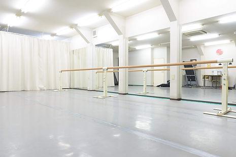 品川区中延の子どもバレエ教室「あらいりんバレエスタジオ」   講師、生徒、保護者の関係が風通しの良いスタジオ