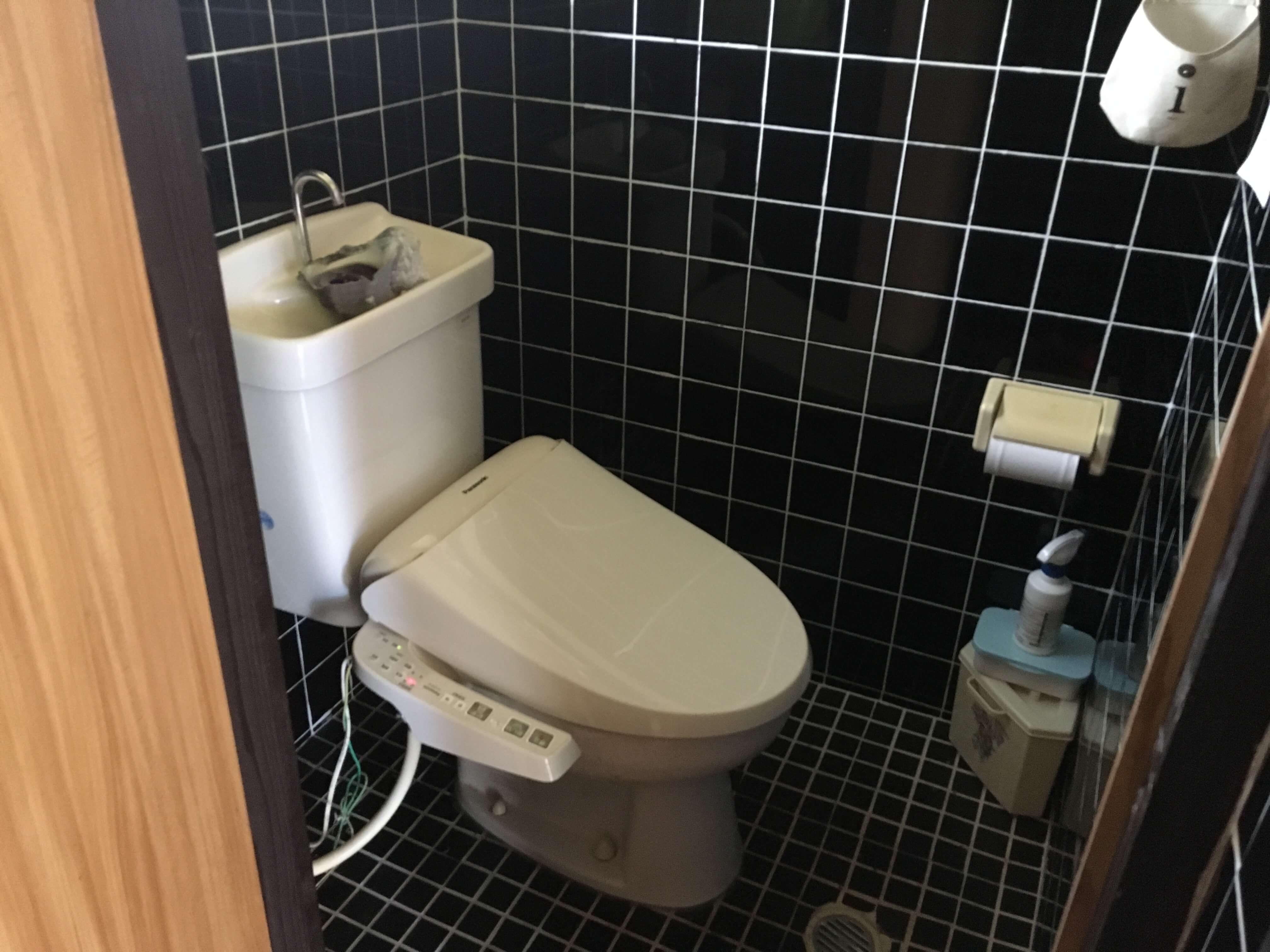 共用女子トイレ