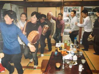南日本新聞に八月踊りが紹介されました。
