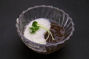 島もずくと山芋のサッパリ酢の物