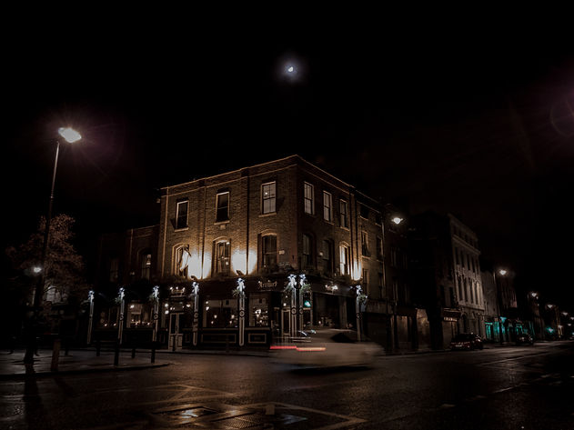 arthurs-ext-night.jpg