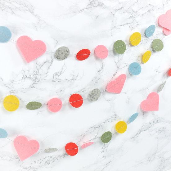 Slinger HEARTS in roze, grijs, geel, blauw