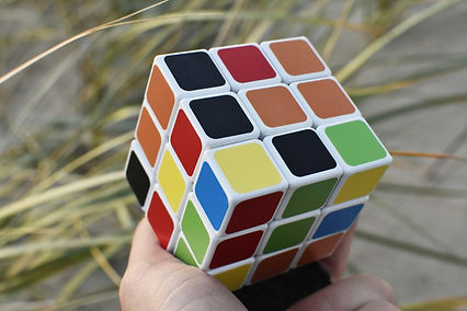 rubik-cube-3732412_1920(1).jpg