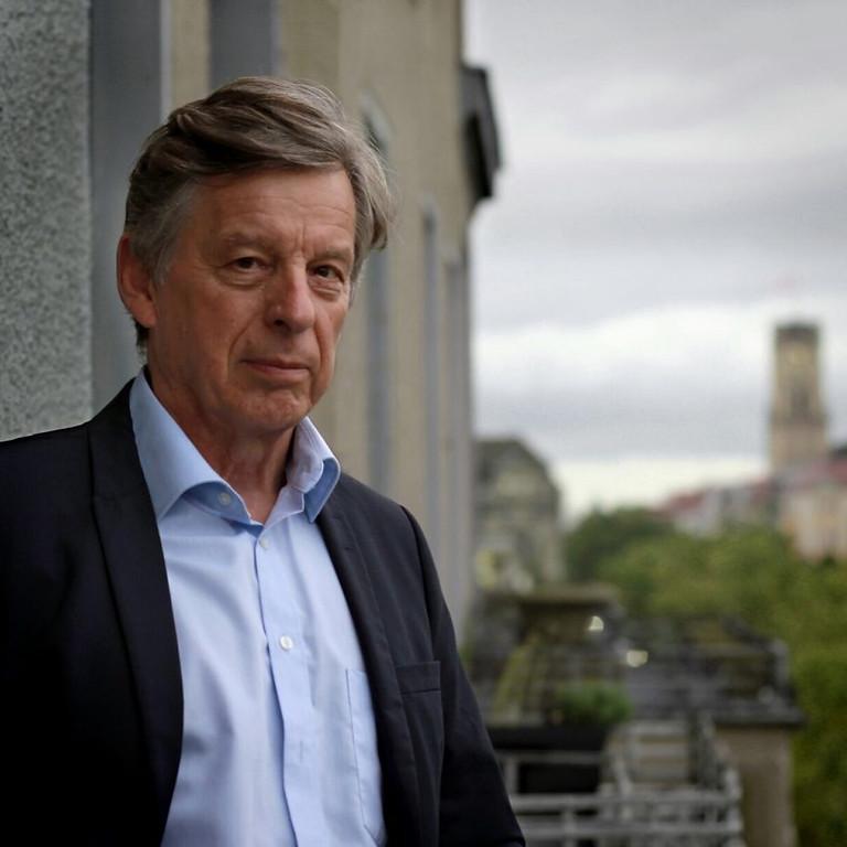 """DR. GERHARD SPÖRL: """"ES MUSS NOCH ETWAS ANDERES GEBEN...."""". Kultur&Wein"""