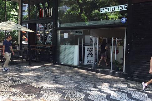 projeto loja colaborativa vista da calçada, fachada