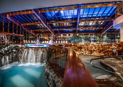 Crystal Resort Hottub
