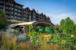 Crystal Resort Garden