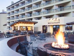 Work and Travel Elevation Colorado hotel z drugiej strony
