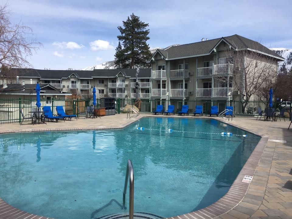 Beach Retreat pool2 Work and Travel IECenter