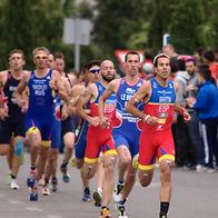 Emilio_Martín_en_el_Campeonato_de_Europa_de_duatlón_2015.jpg