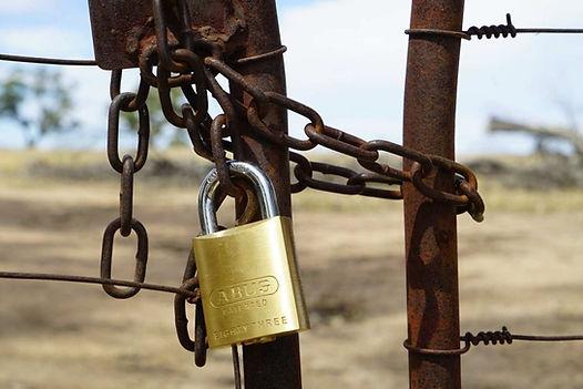 Padlocked Gate.jpg