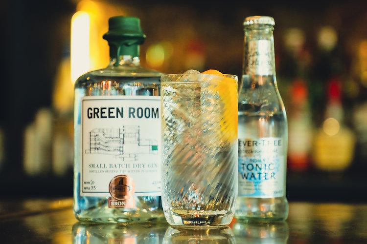 GRD - Gin_Glass_Tonic_web.jpg