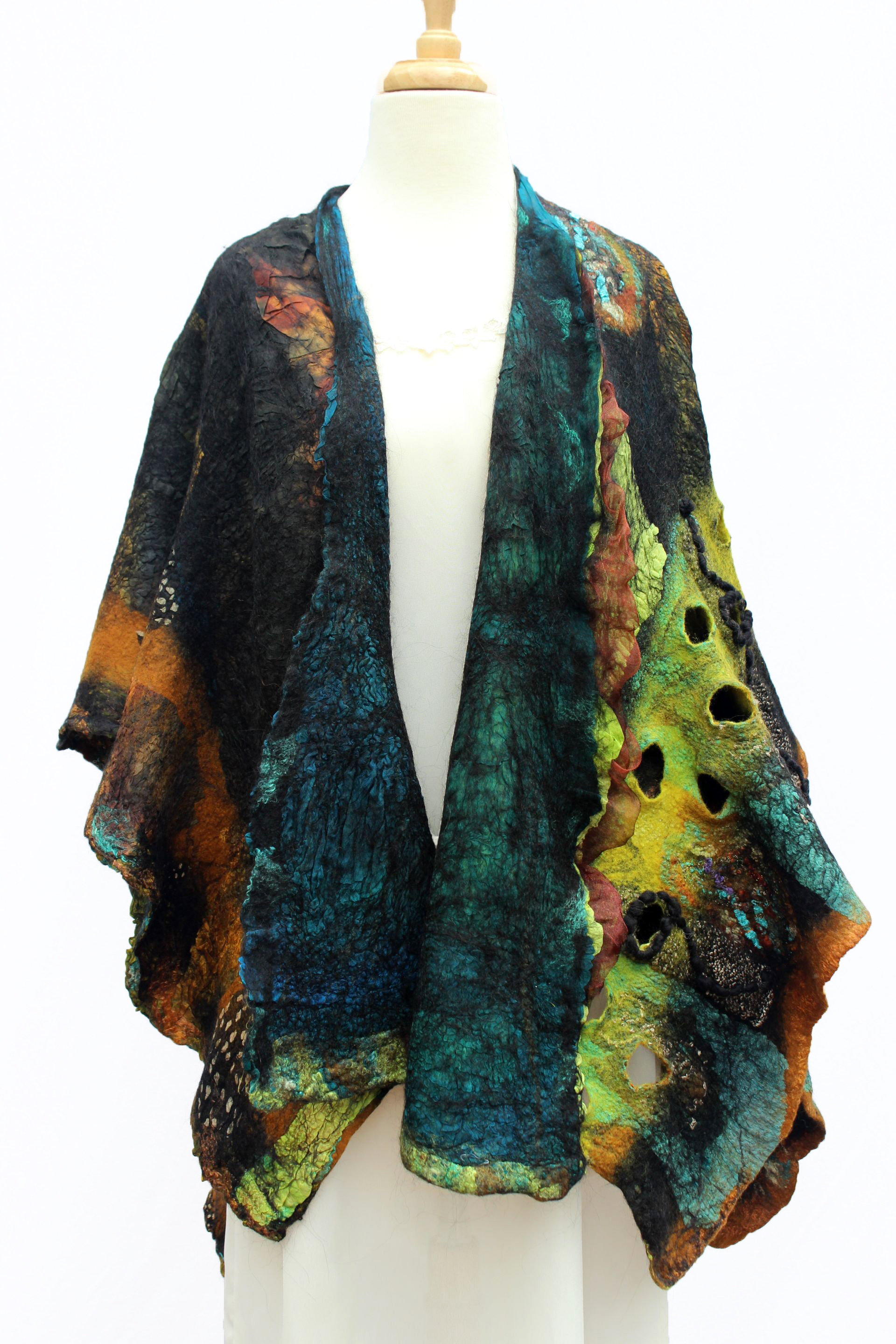 Cindy Anne Creations - Scarves & Shawls