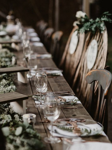 table setting weddings.jpg