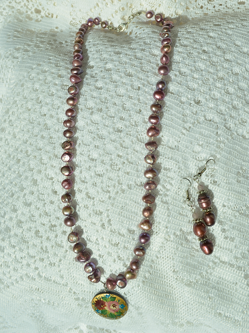 Freshwater Pearl (Purple Color)