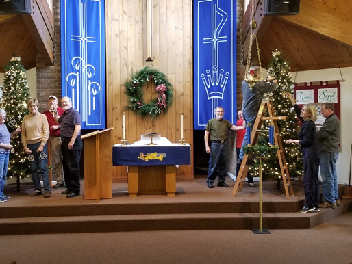 Decorating for Advent and Christmas at Grace Lutheran