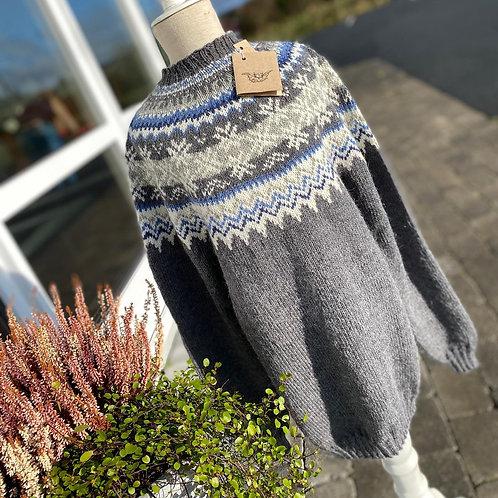 Strikket genser i ull