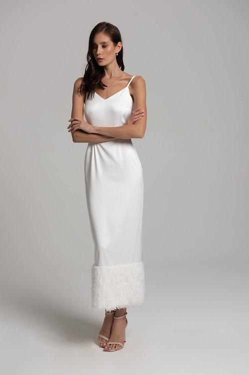 Платье-комбинация с перьями
