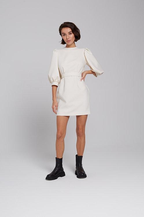 Платье-мини с объемным рукавом