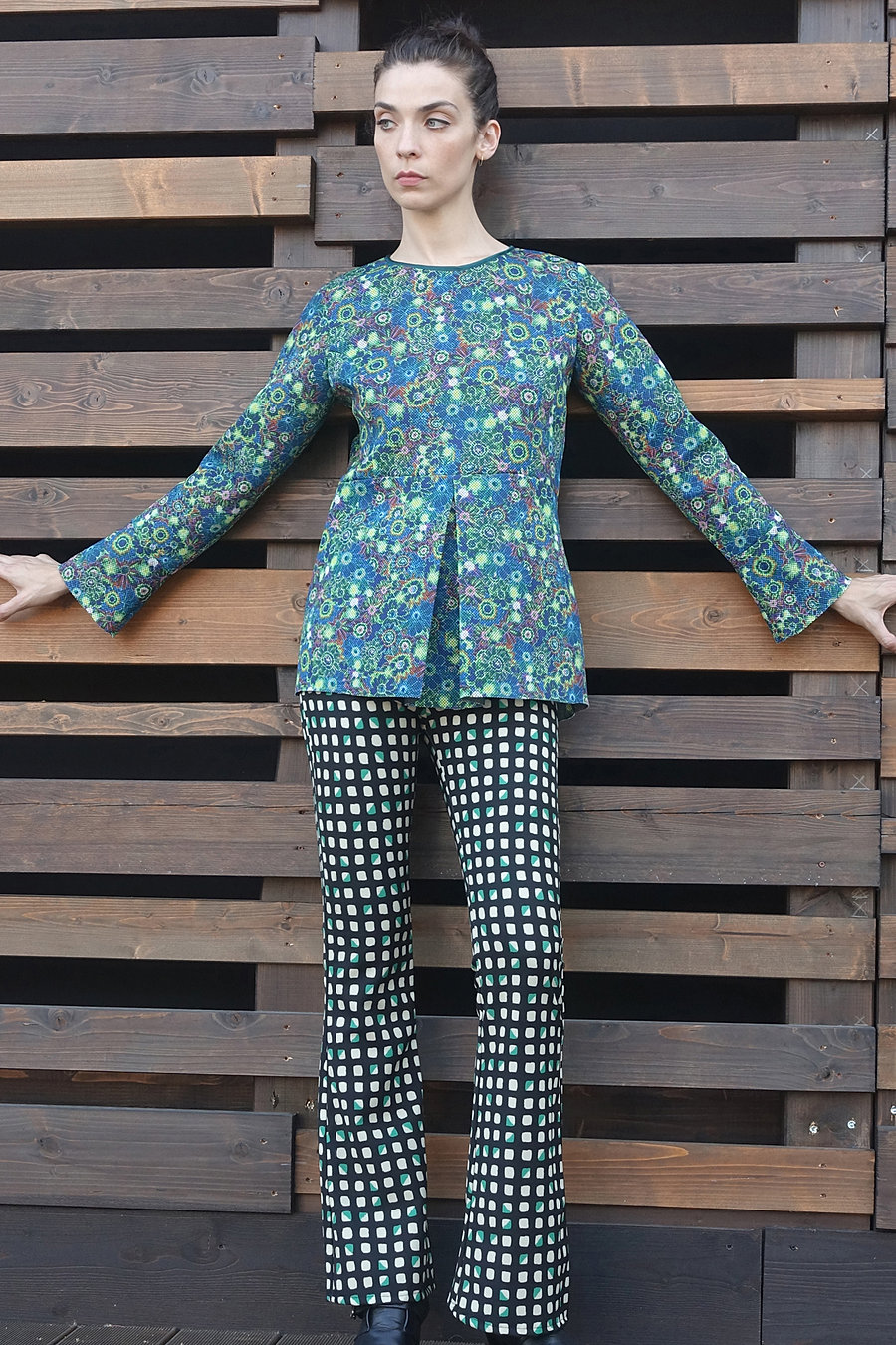 Optical printed neoprene blouse and checks printed trousers. 60's Style.