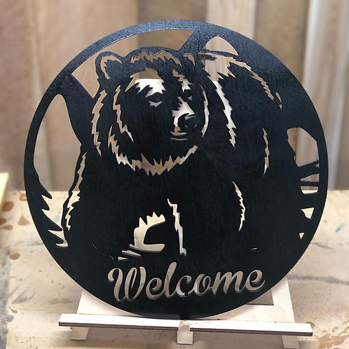 Welcome or Family Name Bear Sign