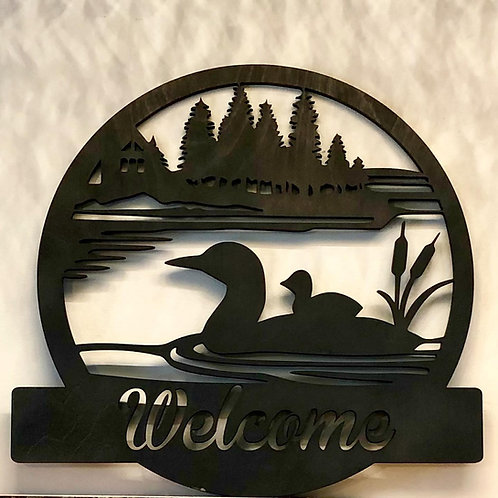 15 inch wooden Wildlife Welcome or Family Name signs.