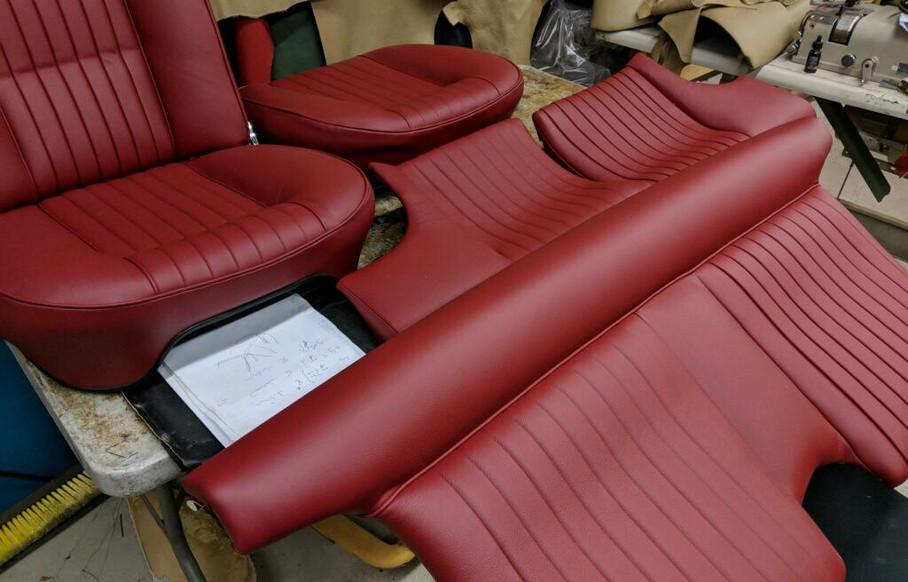 1965 330 GT 2+2 series II c00001.jpg