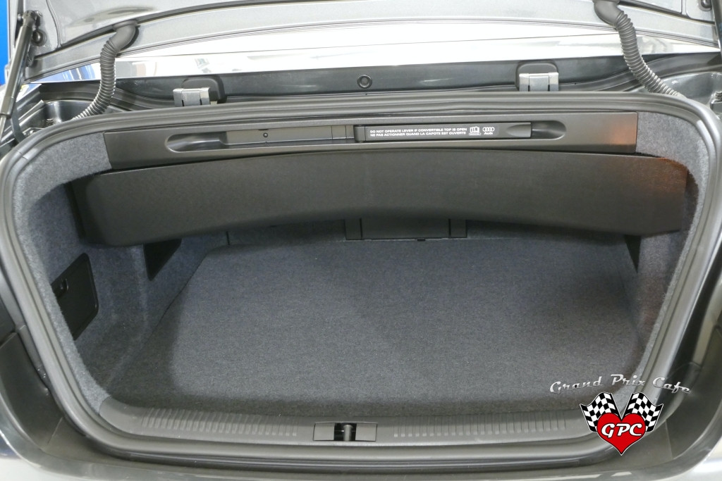 2008 AUDI RS400045.JPG