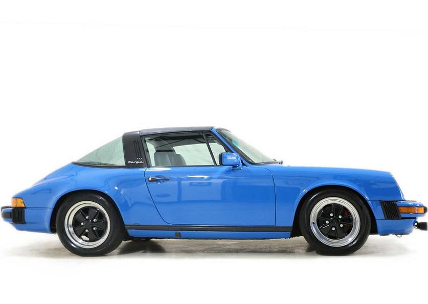1982 Porsche 911SC00004.jpg
