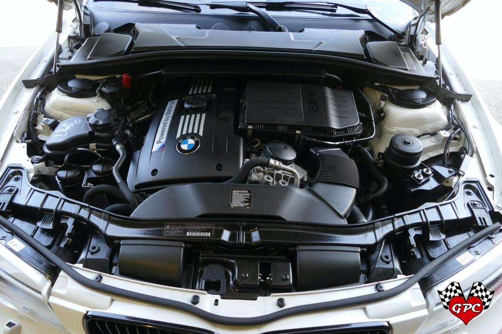 resize_2011 BWM 1M00049.JPG