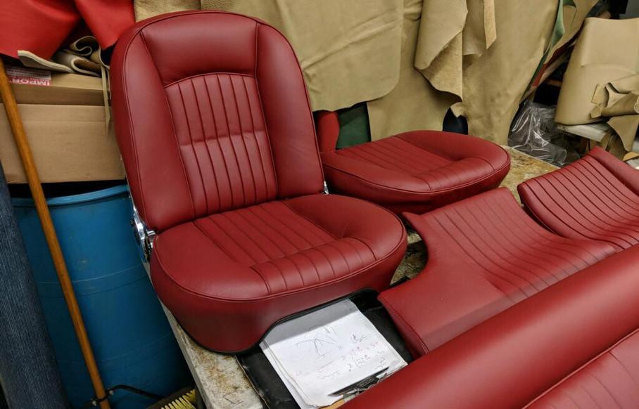 1965 330 GT 2+2 series II c00004.jpg