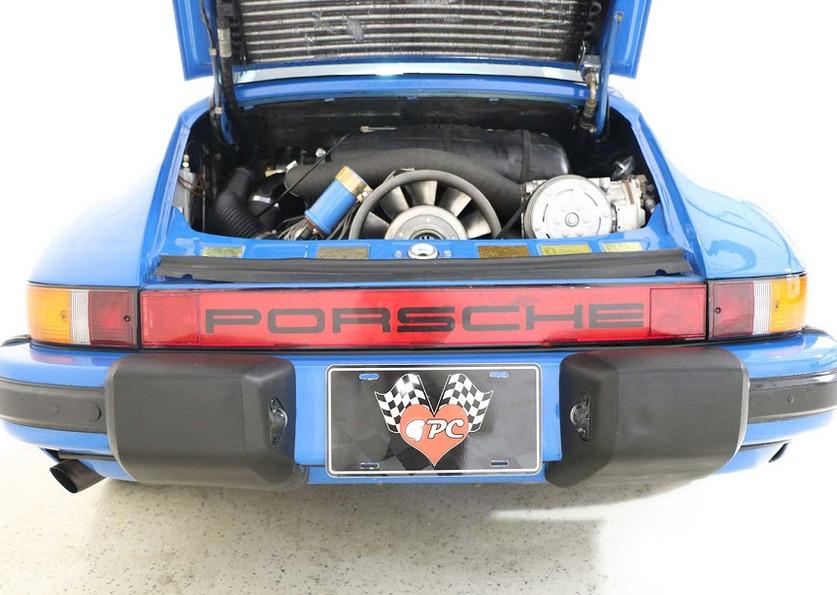 1982 Porsche 911SC00002.jpg