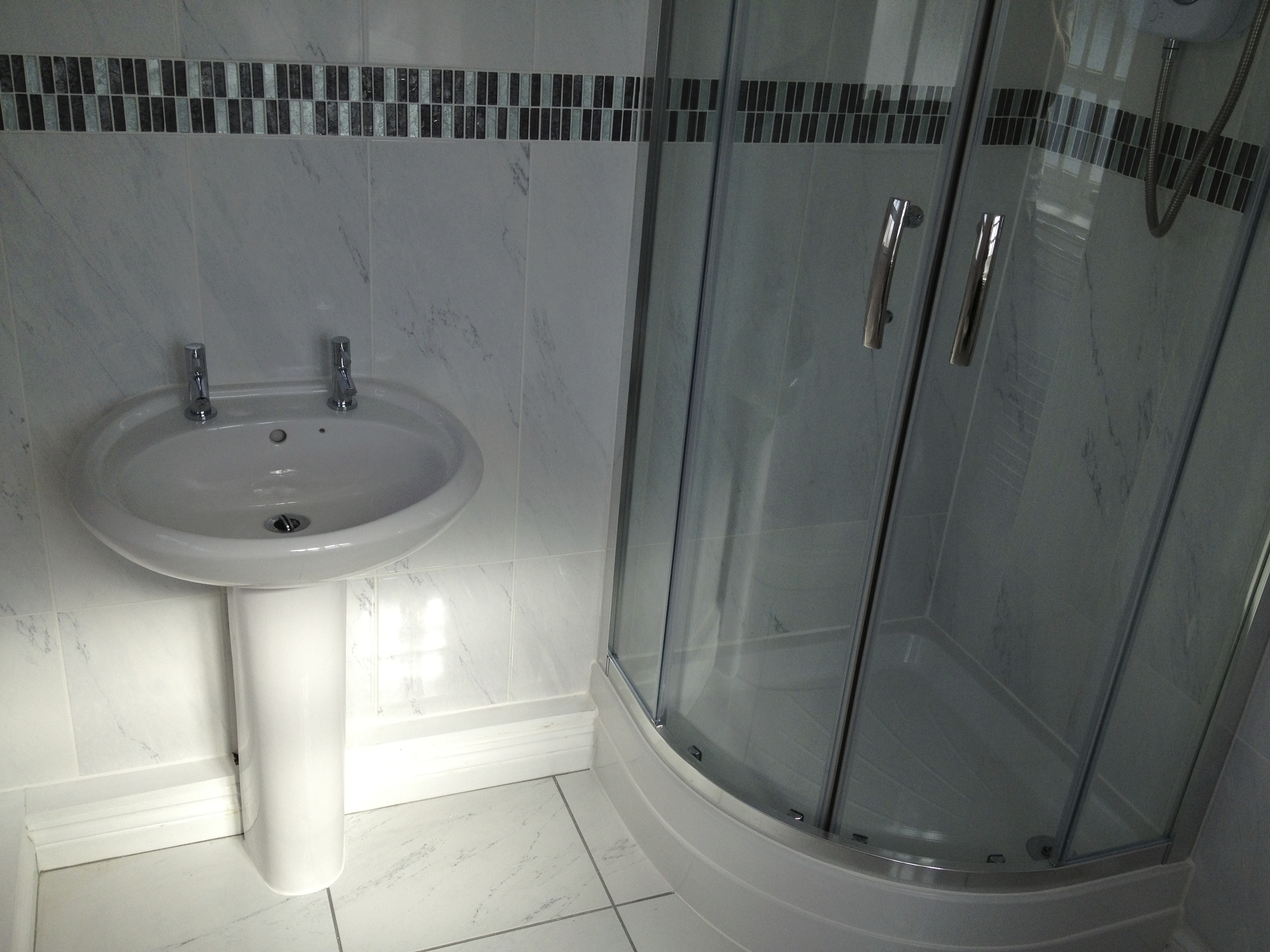 Quadrant Corner Shower Enclosure.