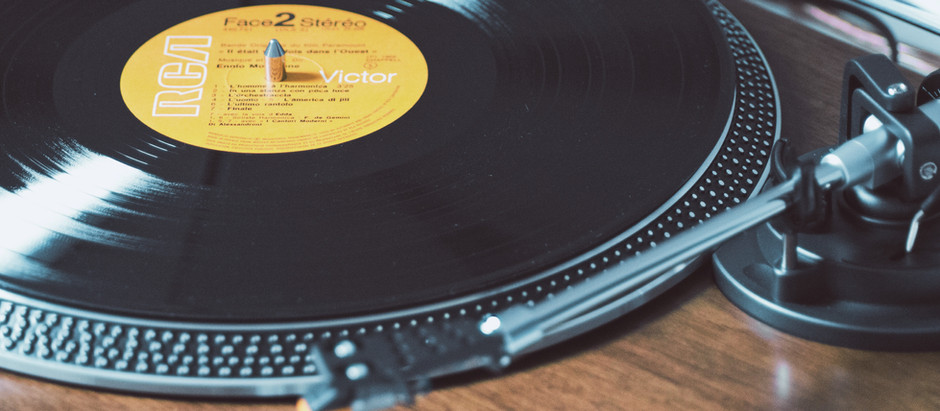 Where do DJs get music from? Tips & Tricks to get the Latest music.