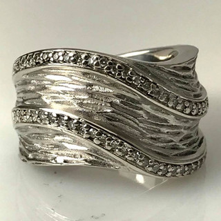 Designer wave design ring