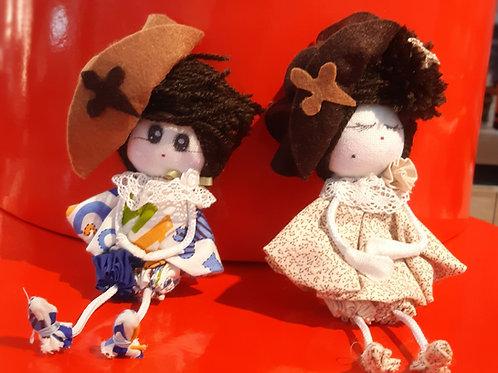 Muñeca peregrina artesanal