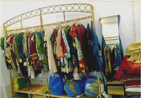Novelty Cane Art CLOTHES STAND AND RACK: CTSRM1