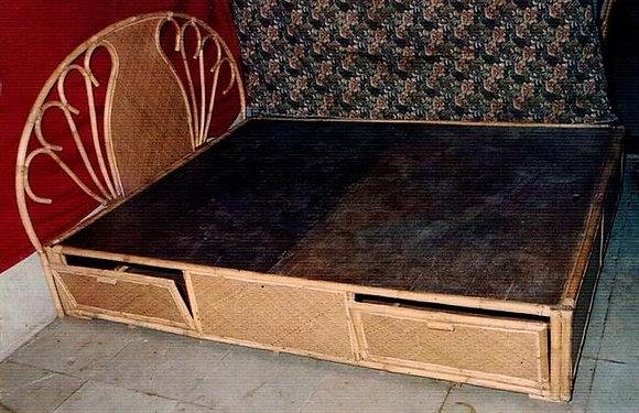 Novelty Cane Art RATTAN DOUBLE BED: DB6