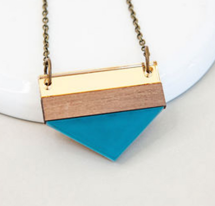 Teal Point Necklace