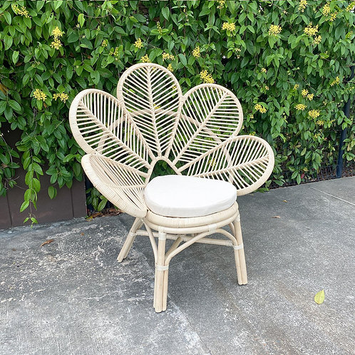 Natural White Rattan Leaf Chair (New Arrival)