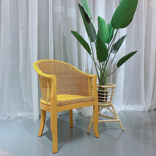 Grand Wicker Chair (New Arrival)
