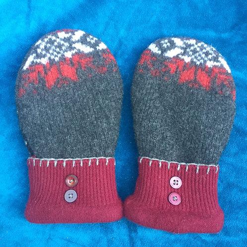 Norwegian sweater mittens, med reg. Arctic