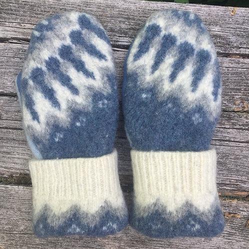 Bernie mittens in blue, medium, Arctic