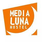 Logo Nuevo Media Luna Hostel.jpg